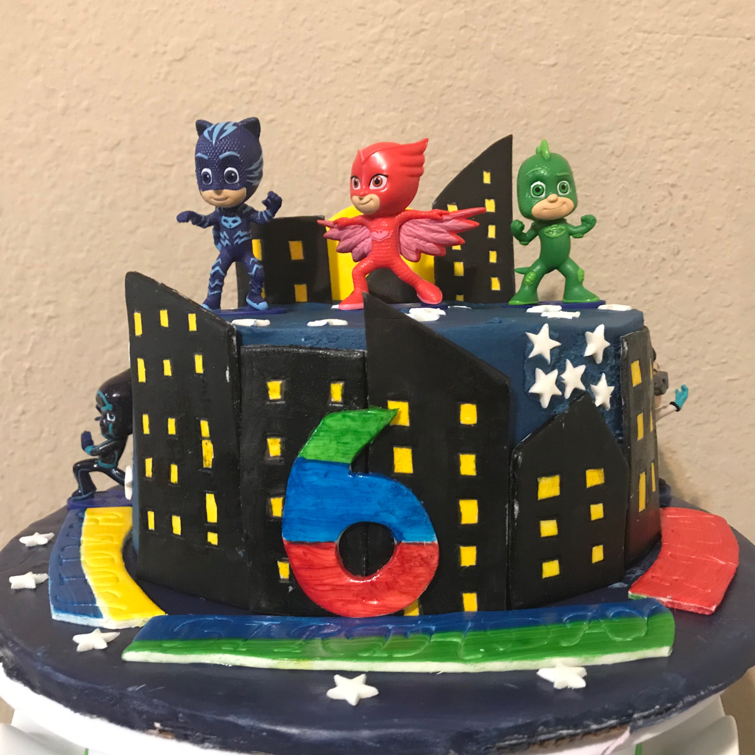 Superhero Themed Cake made by Jassy Sassy Sweets